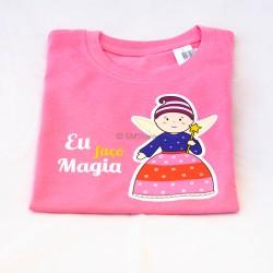 """T-shirt """"Eu faço Magia"""""""